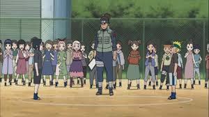 Ocho maniobras narrativas de Naruto que lo hacen sea increíble. school yard